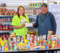 Six Nations Rebels donate to food bank